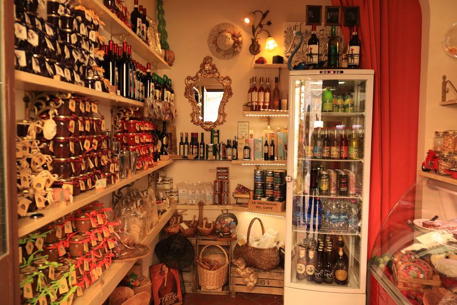 official photos c2e64 707db La Dolce Vita, Shop in Certaldo Alto | Italian Cooking School